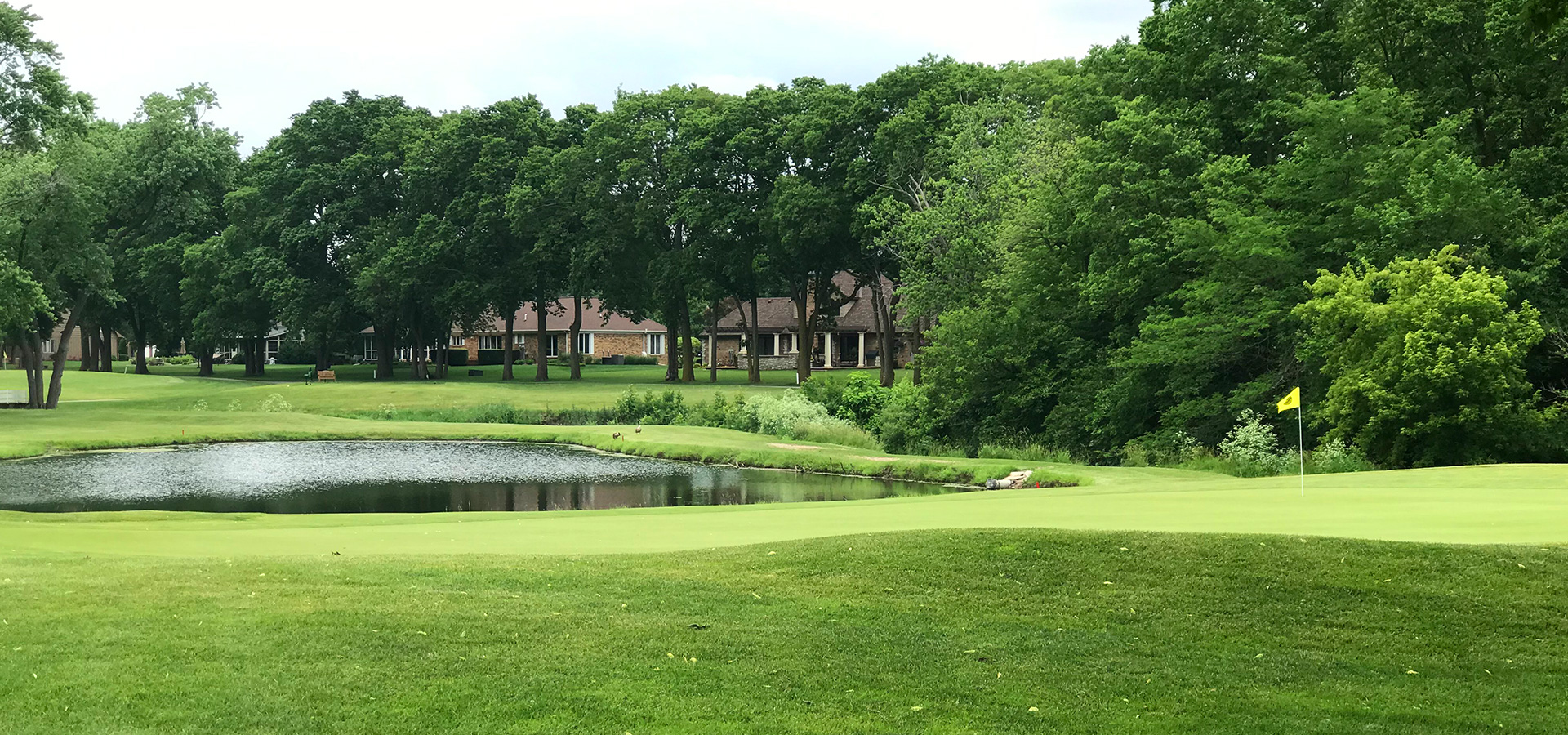 Crestwicke Country Club